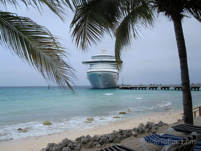 caribbean cruise ship