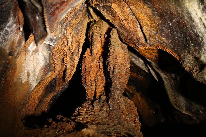 rusty ripple formation in ohio caverns