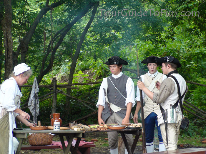 militia at colonial williamsburg