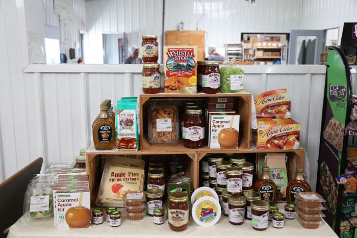 amish-bulk-foods-display