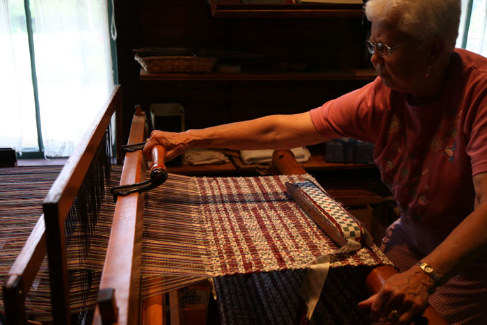 weaving at mishler mill smithville ohio open house