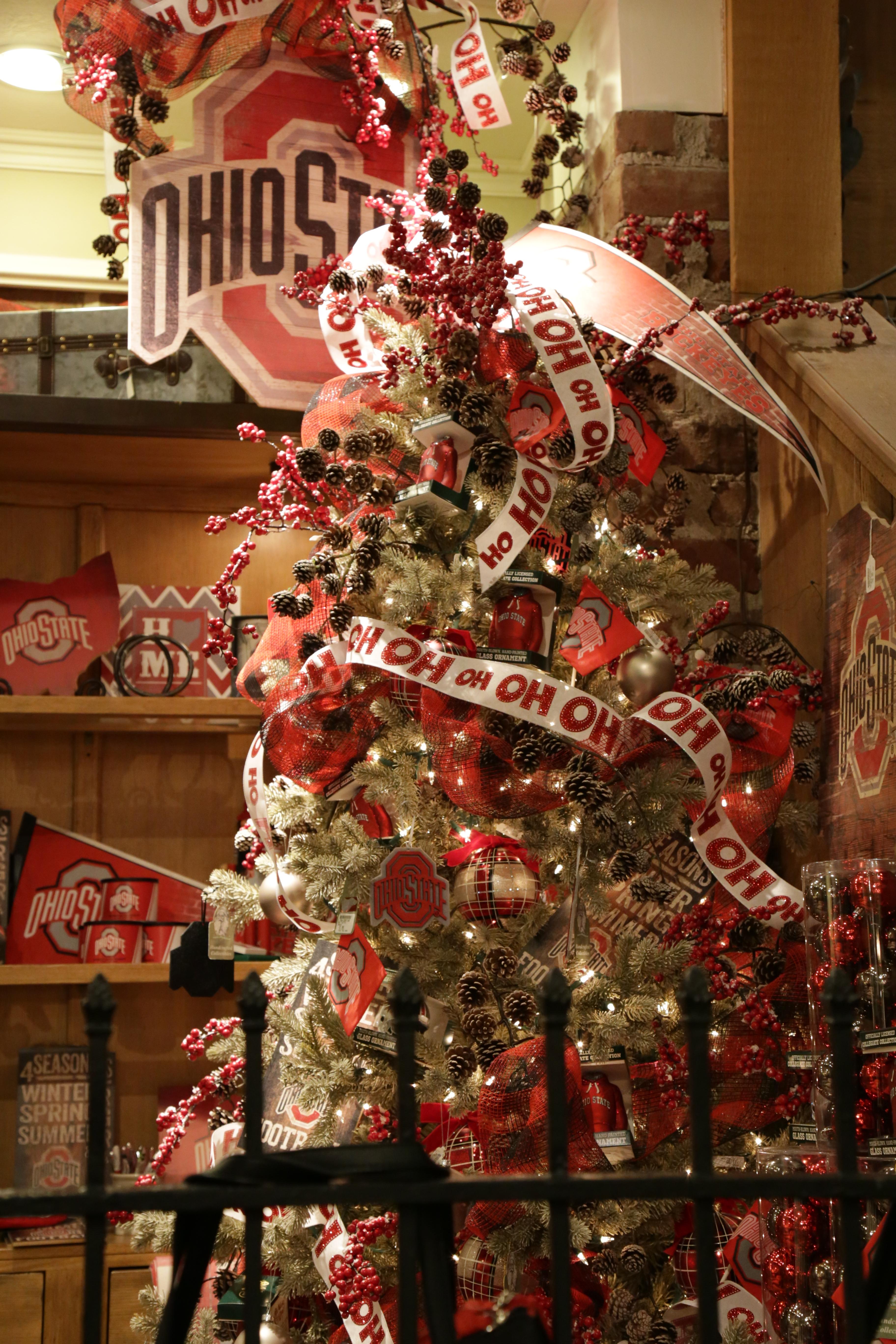 the ohio state university christmas tree - Tour Guide To Fun